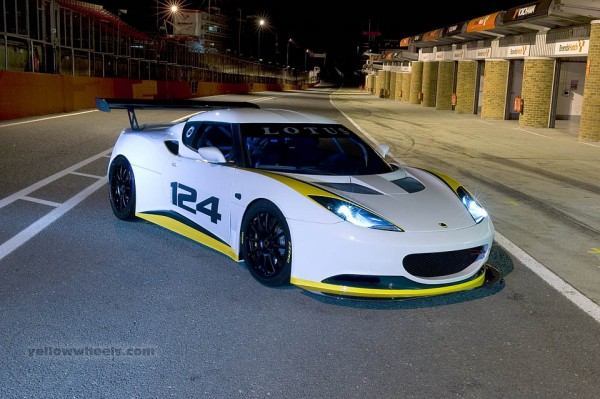 Lotus Evora 124 Endurance Racer
