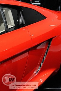 Audi e-tron - side flap closes automatically to reduce drag