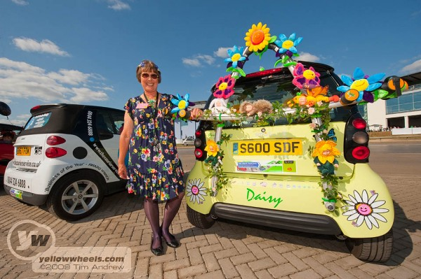 xxxx with her class winning flower-power Smart