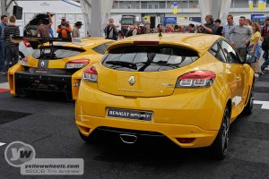 Megane Renaultsport with Trophy racer behind