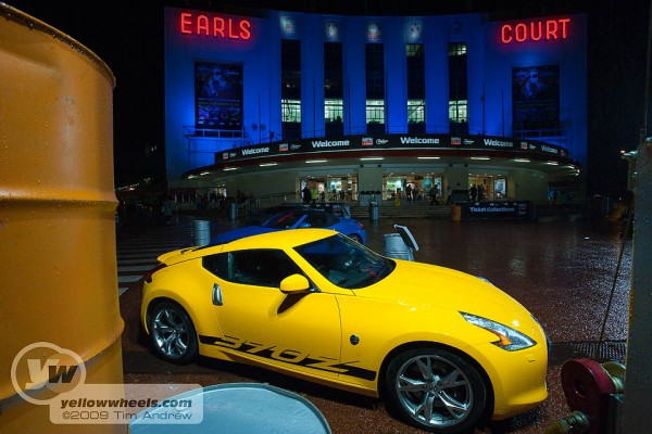 Nissan 370Z outside MPH Top Gear Show