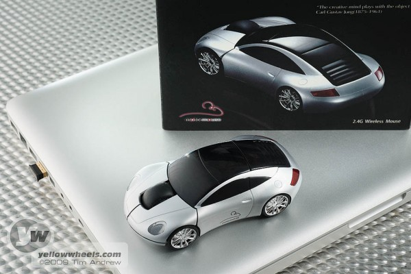 Motormouse Porsche shaped wireless computer mouse
